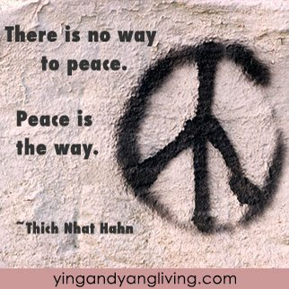 Peace-Sign---HanhYY